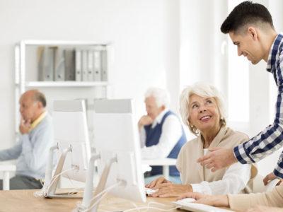 IT akademie pro seniory (ovládání PC, digitální bezpečnost, dezinformace)